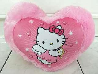 Bantal Hello Kitty Bentuk Hati