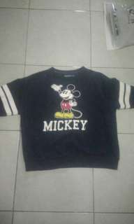Sweater Disney Second