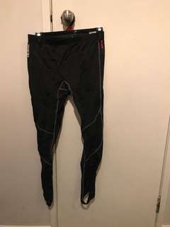 Rooster sailing leggings size XL (but fit like small)