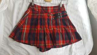 Dangerfield plaid skort