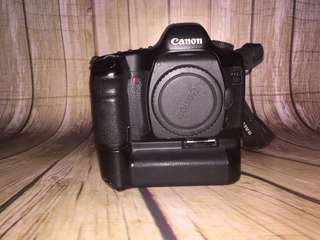 Canon 5d mark 1 + grip