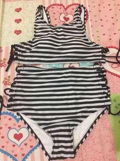 Swimwear / bikini stripes