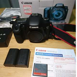 Canon 7D 90% new 行貨 with 32G CF card