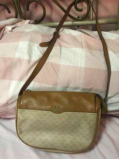 Gucci vintage shoulder bag authentic)