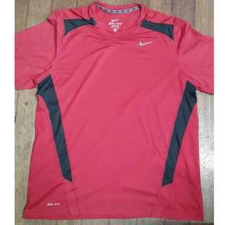 Nike Dri-fit red (L:28in W:42in)