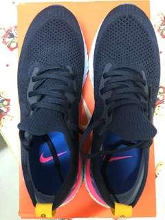 Nike Epic React Flynit OG色