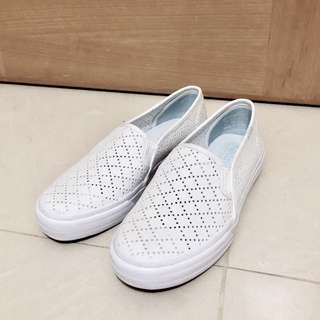 Keds Slip on like new shoes