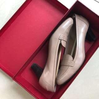 Sepatu Salvatore Ferragmo heels kulit authentic model klasik