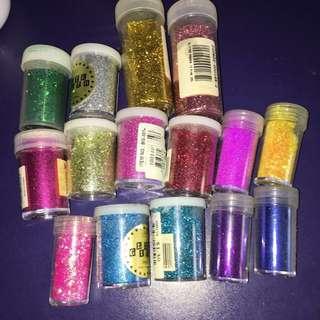 Set of 15 glitters