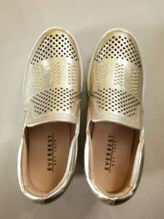 Everbest Studded Sneakers Gold