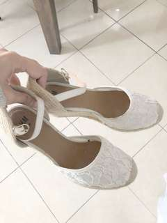 H&M White Flower Lace Wedges
