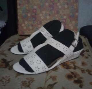 Lifestride ladies sandals