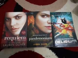 Delirium Trilogi by Lauren Oliver