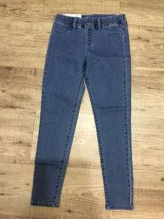🚚 Uniqlo女童牛仔褲(可換物)