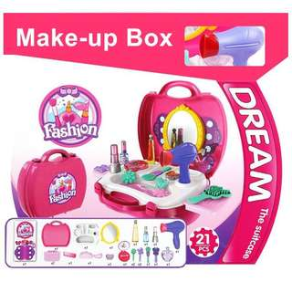 Fashion Makeup Pretend Playset (Bowa Dream The Suitcase)