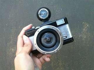 Lomography Fisheye 2 35mm Film Camera