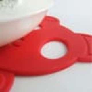 Alas CAngkir / Tatakan Gelas Model BEAR Tahan Panas Silikon Lemek Mug