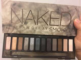 Authentic Naked Smoky Palette