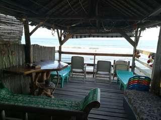 Baler! Beach front rooms for rent