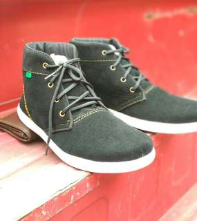 Kickers sohes hig for man good Quality
