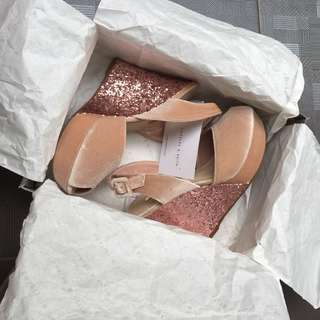 UPDATE PRICE NEW ORI JUAL RUGI CHARLES N' KEITH WEDGES PINK VELVET HEELS