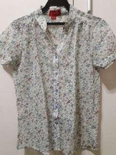Floral polo blouse