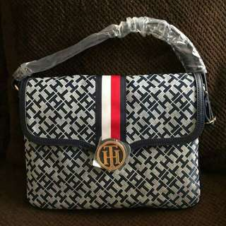 TOMMY HILFIGER CHECK OTHER PHOTO'S 😍