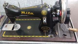 QYOP Vintage hand crank sewing machine