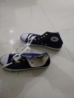 Navy blue ankle  sneakers