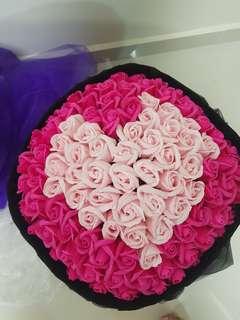 99 Pink heart shaped rose bouquet