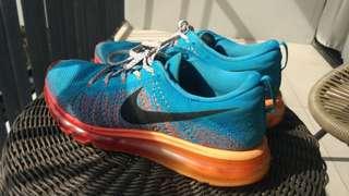 Nike Flyknit Blue Orange