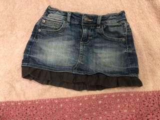 🚚 班尼頓 女童 牛仔短裙