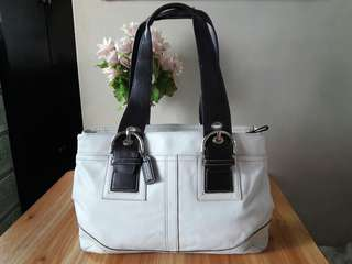 Authentic Coach Shoulder Bag K0751 F10912