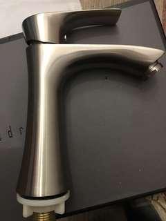 Basin Tap 304 white steel