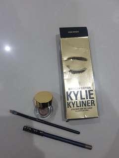 Kylie Dark Bronze Eyeliner