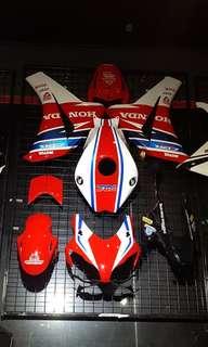Honda cbr1000rr fairing 08-11