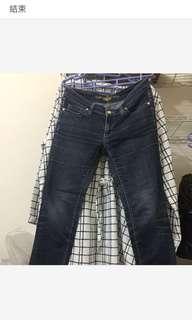 🚚 專櫃牛仔褲近新