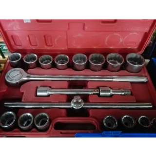 20pcs 3/4 Dr. 12PT metric Socket Set 19mm-50mm