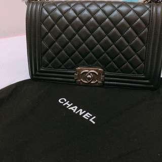 Chanel Boy 25cm黑色銀扣