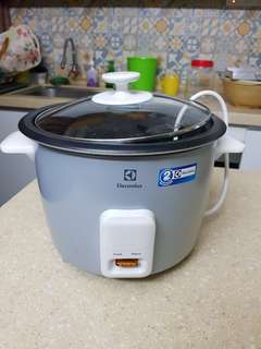 Rice Cooker - Electrolux 1.8 ltr