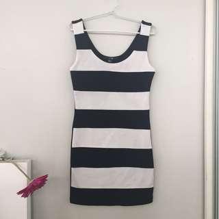 Forever21 - Black & White Dress
