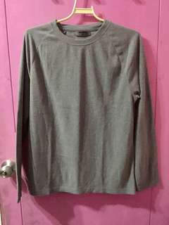Giordano gray pull over