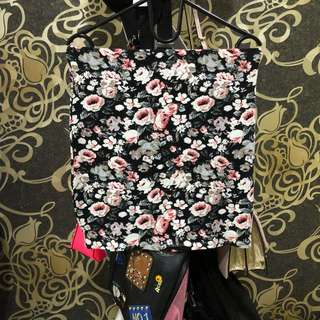 New Look Flower Pencil Mini Skirt / Rok Span Pendek