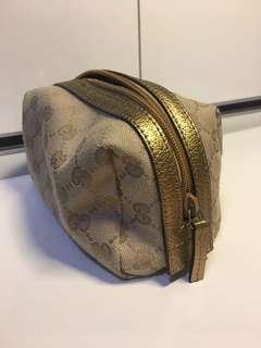 Gucci梳妝袋