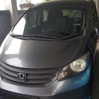 Honda Freed 1.5(A) 2012