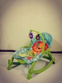 Baby Throne Rocking Bed