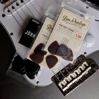 100% NEW Dunlop John Petrucci Signature PRIMETONE Pick (packs of 3)