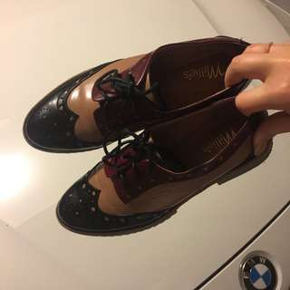 Leather college shoes