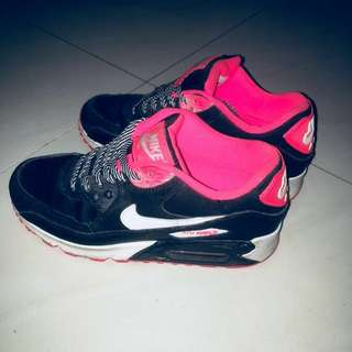 Nike Air Max黑粉