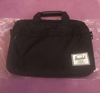 Herschel Supply Co. Laptop/Macbook Messenger Bag 15吋電腦袋